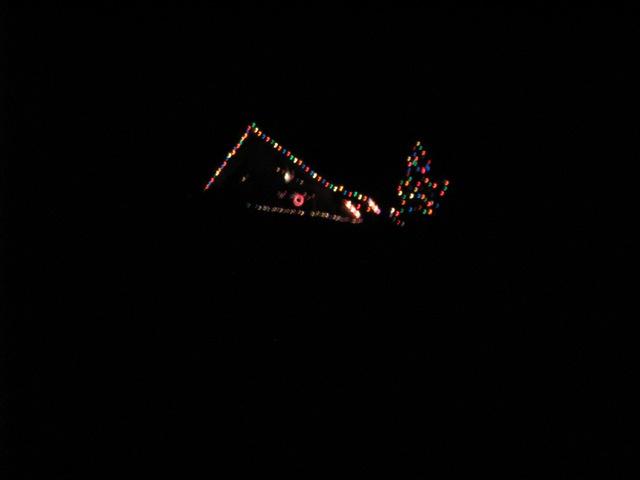 2_121224_ChristmasLightingConstest-DCrawford_IMG_0392